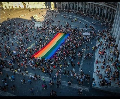 regione campania legge contro omotransfobia e misoginia